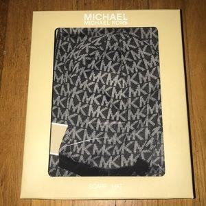 NWT Michael Kors Hat & scarf set